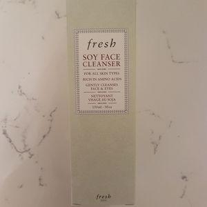 Fresh Soy Face Cleanser - Full Size 150 ml